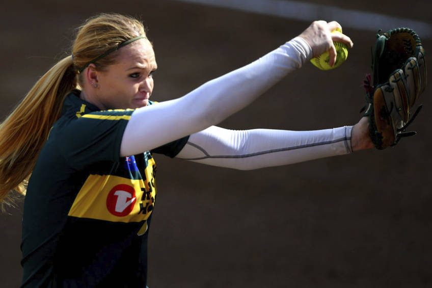 PITCHING CLINIC: SOFTBALL AUSTRALIA EXPERIENCE1