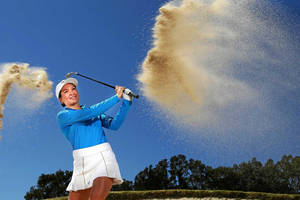 18 holes of golf with professional player becky kay2