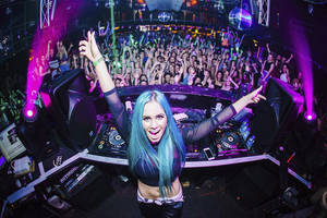 DJ Lessons with Tigerlily1