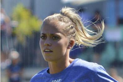 Aussie Rules Kaitlyn Ashmore Coaching Clinic