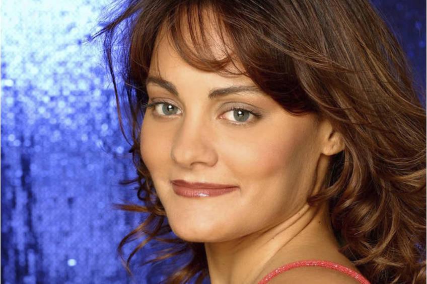 Cosima De Vito Vocal Lessons Experience0