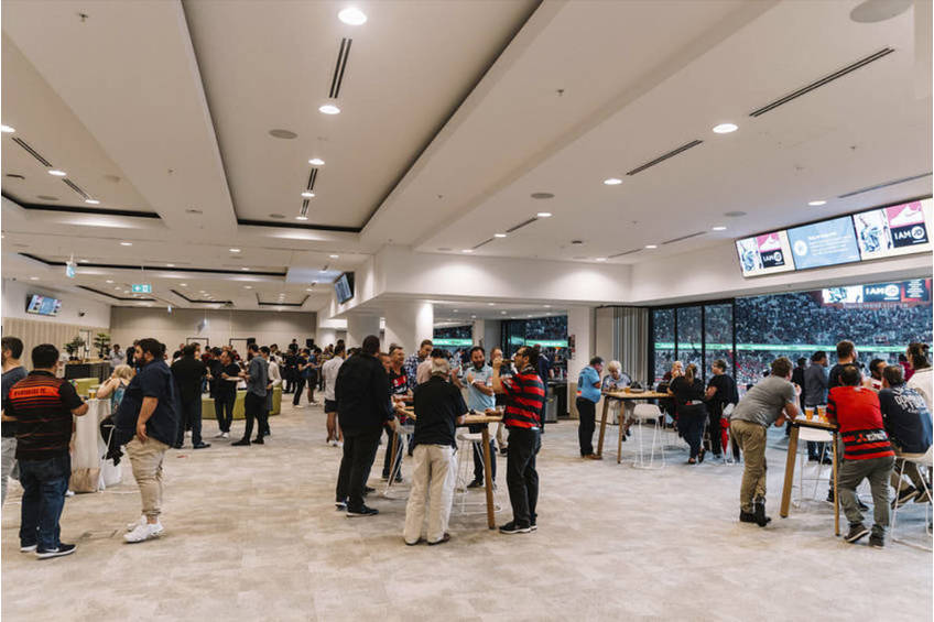 Wanderers Ambassadors Lounge Experience2