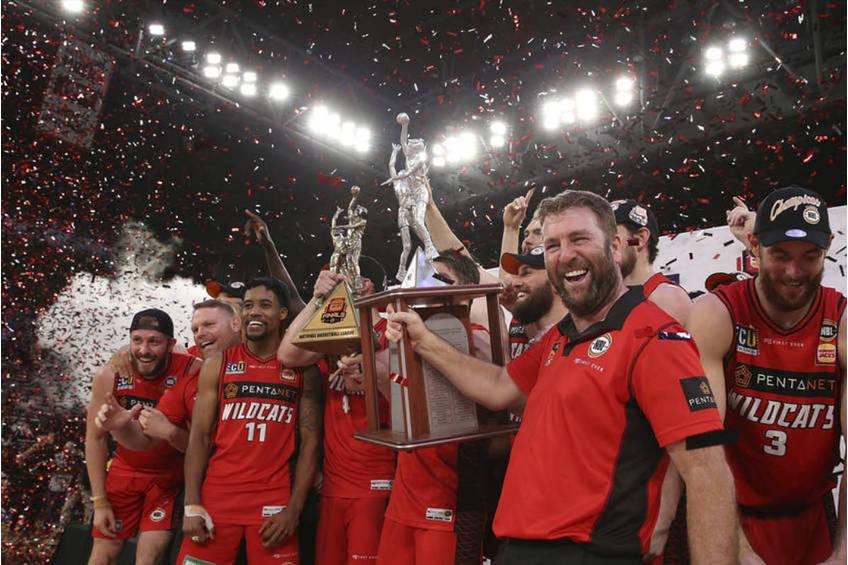 Perth Wildcats Court side Premium2