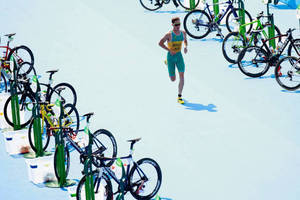 Triathlete Ryan Bailie at your next event1
