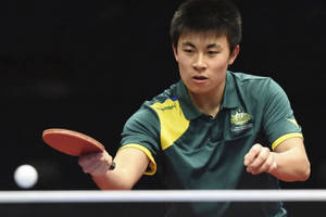 Play with a table tennis Olympian!2