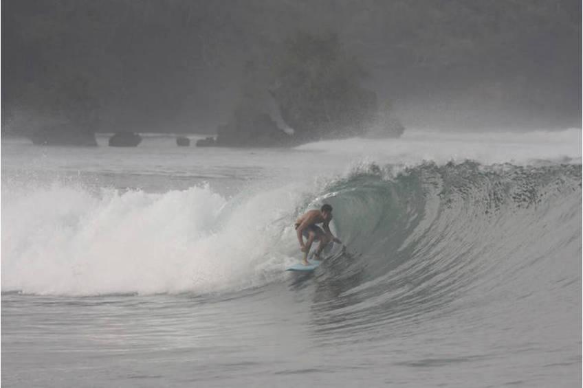 Ben Stratton Surfing Experience2