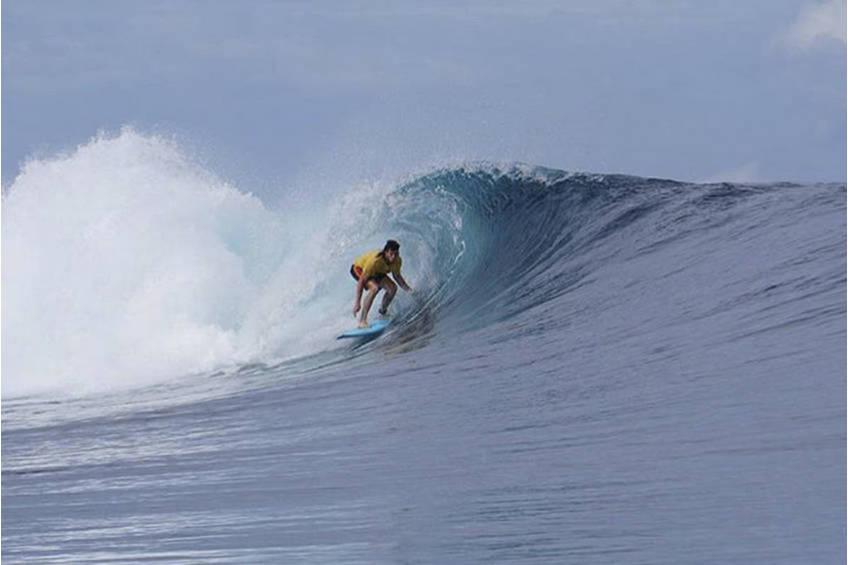 Ben Stratton Surfing Experience0
