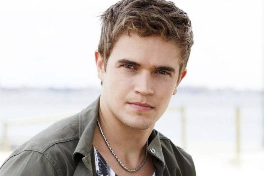 Lunch with Home & Away Star Nic Westaway0